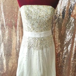 $250 NWT Adrianna papell white sequined dress